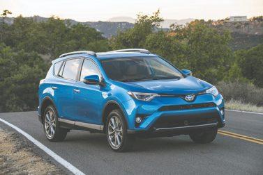Test Drive: 2017 Toyota RAV4 Platinum