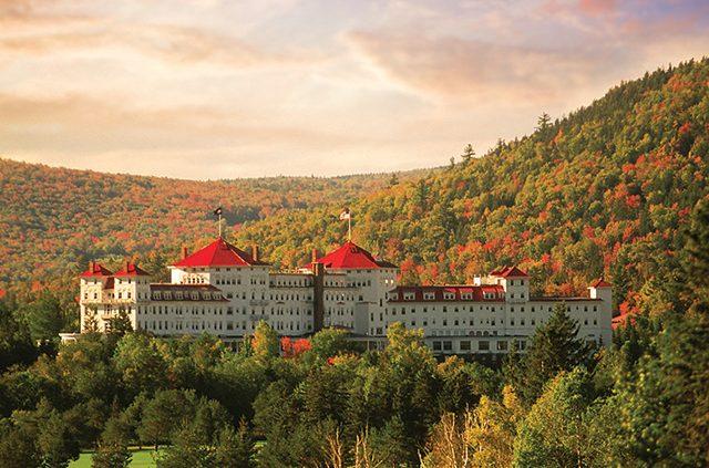 The Omni Mount Washington Resort A Aaa Four Diamond Property In Bretton Woods Sits Among Foliage White Mountains