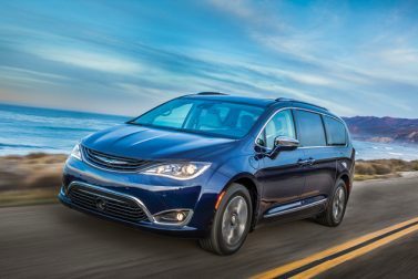 Heavenly Hybrids – Chrysler Pacifica Hybrid/Kia Niro