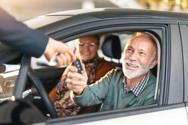 buying a rental car