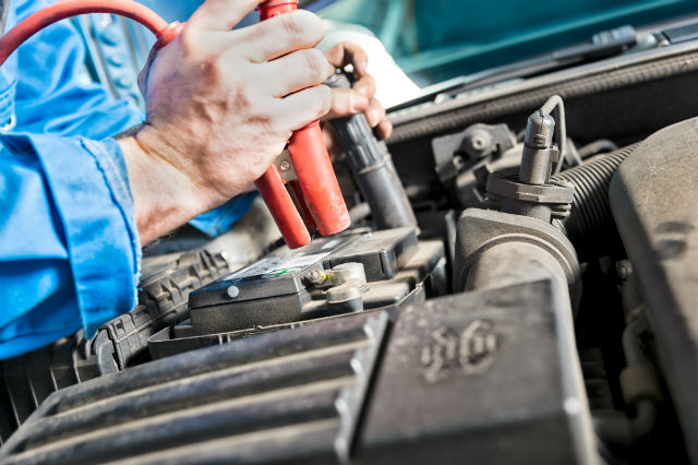 How to Keep Your Car Battery Running Smoothly