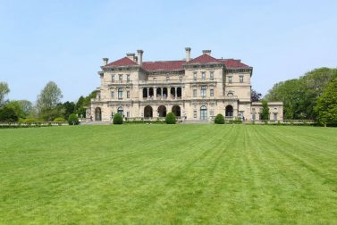 Your Guide to the Newport Mansions