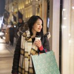 How to Be a Smarter Shopper This Holiday Season
